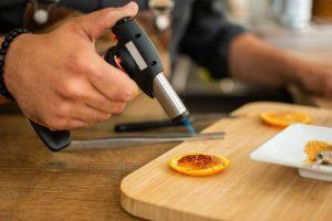 utiliser-chalumeau-cuisine